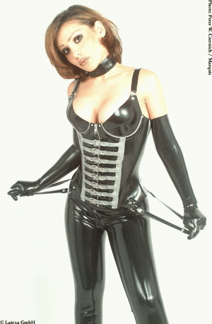 Corset with cups and zipper