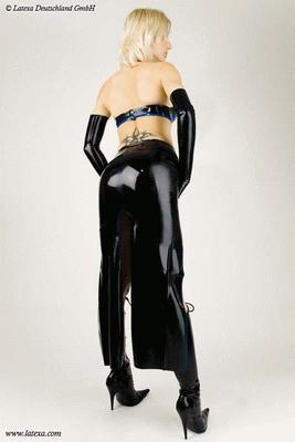 Long skirt with 2 slits
