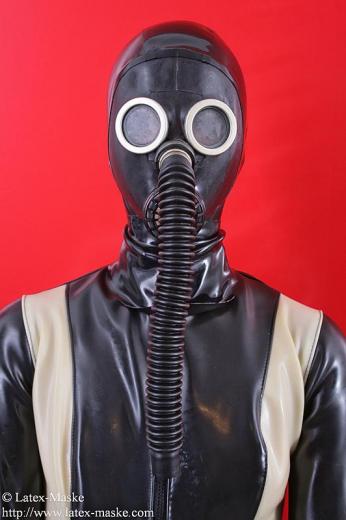 Nozzle gasmask with tube