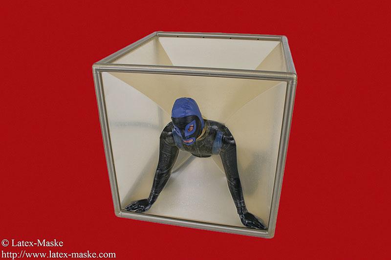 Vacuum Cube High Grade Steel Latex Maske